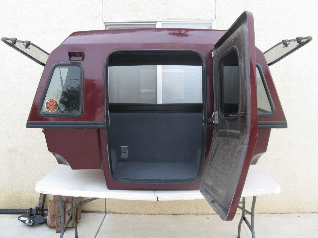 wohnmobil auf nissan patrol wohnkabine schlafdach allrad. Black Bedroom Furniture Sets. Home Design Ideas