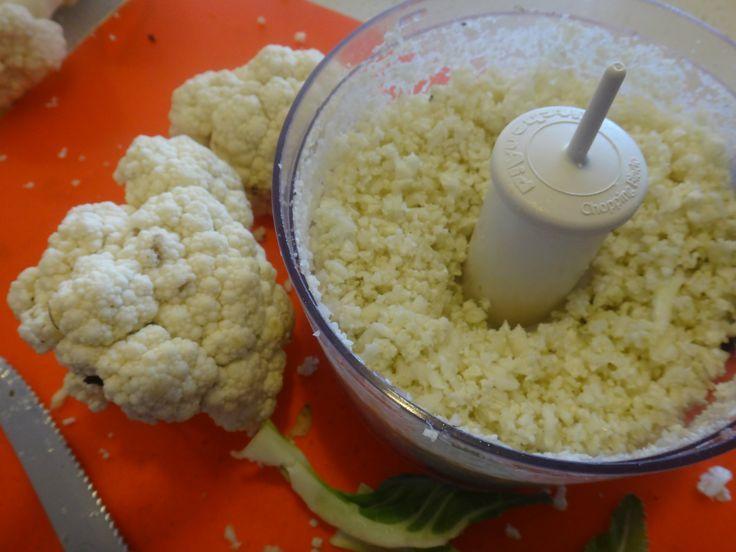 Arroz De Coliflor Excelente Alternativa Baja En Carbohidratos Alimentos Bajos En Carbohidratos Comidas Bajas En Carbohidratos Arroz De Coliflor