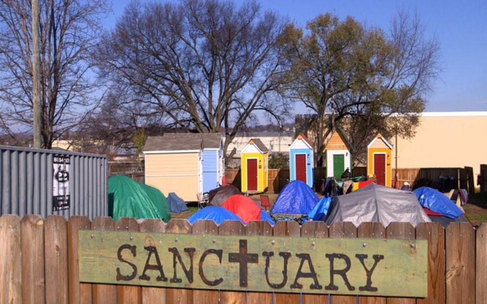 Tiny Homes Provide Shelter For Nashville S Homeless Tiny House Homeless Homeless Shelter