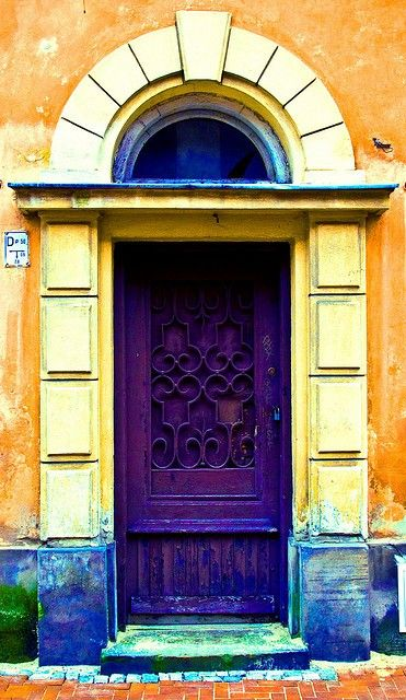 What a fab color for a door!!! #doors in warsaw, poland // maria a. ribeiro