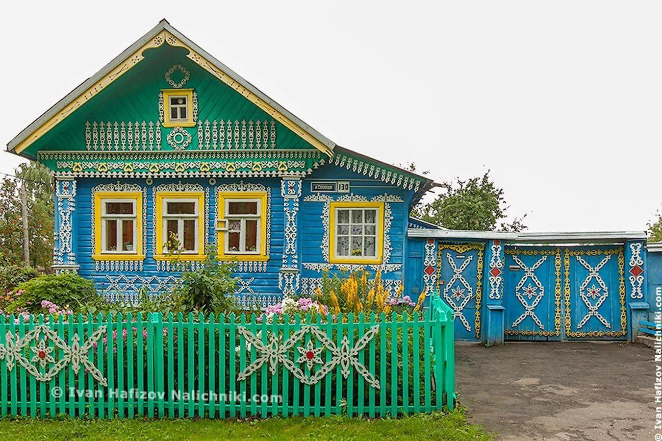 простой деревенский дом в картинках