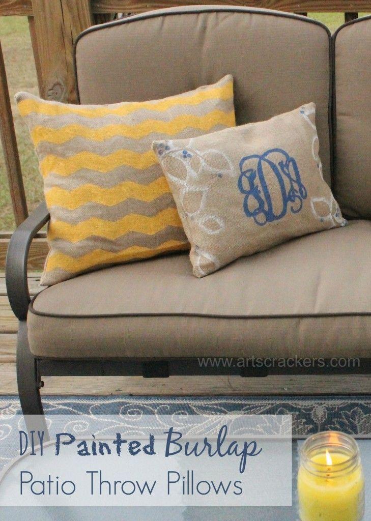 Diy painted burlap outdoor throw pillows painting burlap