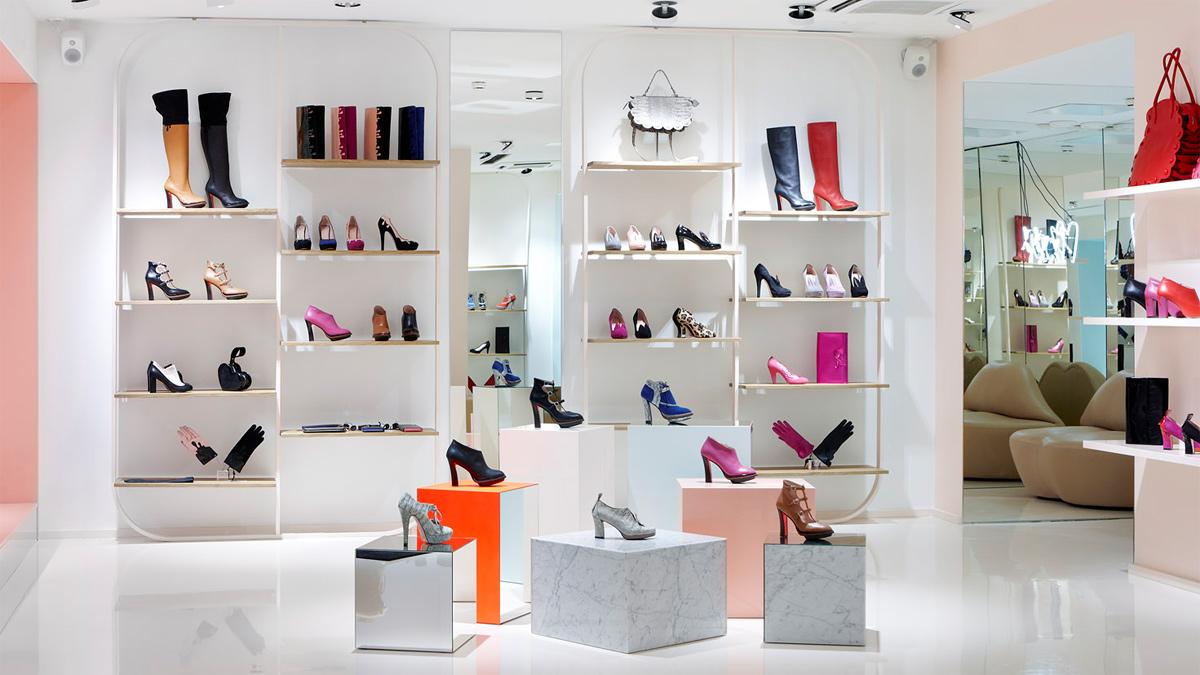 Modern Shoes Store Interior Idea Elegant Cheerful