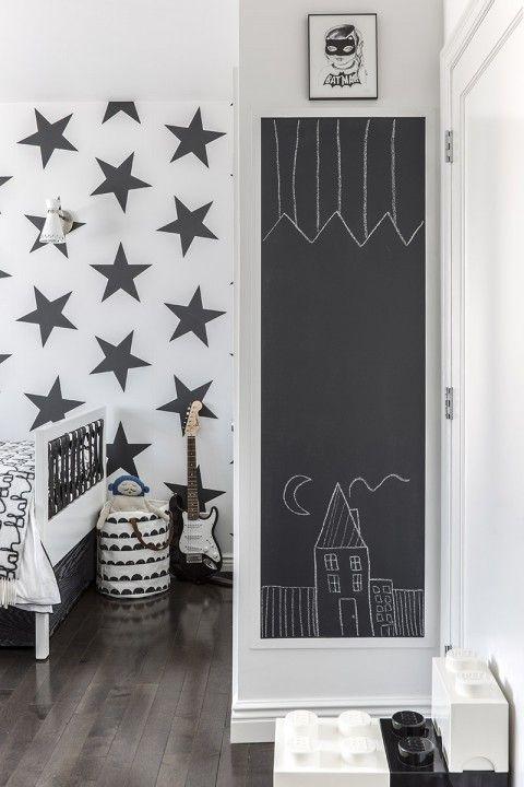 Chambre d\'enfant en noir blanc papier peint étoile bedroom ...