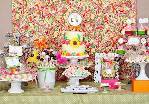un buffet d anniversaire floral deco par f te parties. Black Bedroom Furniture Sets. Home Design Ideas