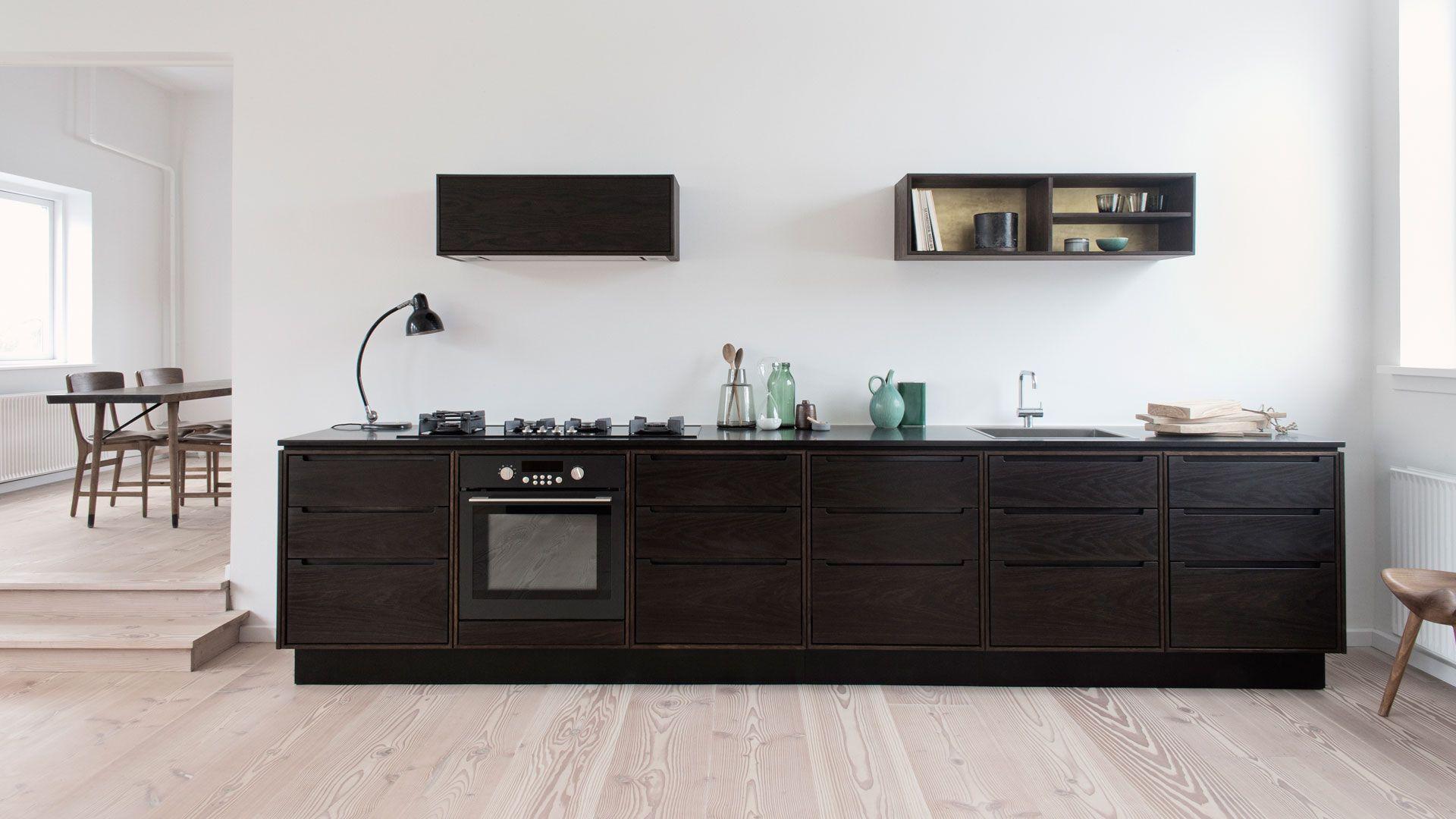 Handcrafted showroom/kitchen by danish Koch Køkken. www.kochkoekken ...