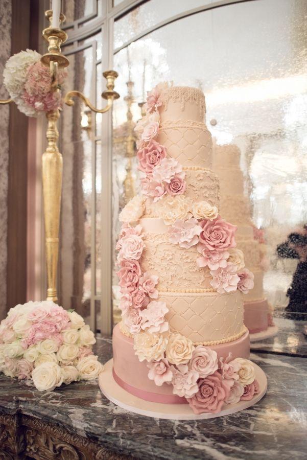 5e27859e834 Pin by Cynthia Ireland on Wedding cakes