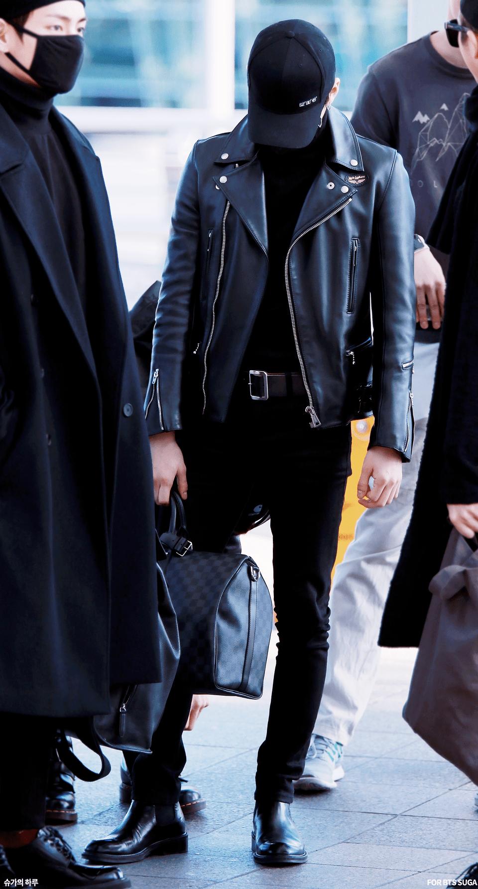 Korea Korean Kpop Idol Boy Band Group Bts Bangtan Yoongi Bts Suga S Black Airport Fashion Lea Jimin Airport Fashion Korean Airport Fashion Airport Fashion Kpop