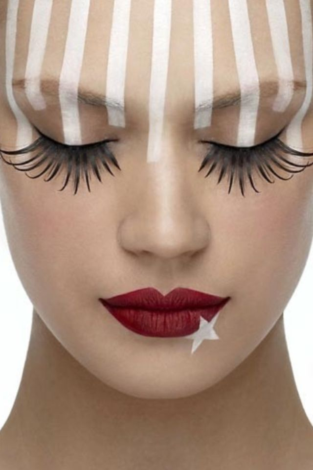 Patriotic American Photoshoot Makeup Idea Blue Eyeshadow