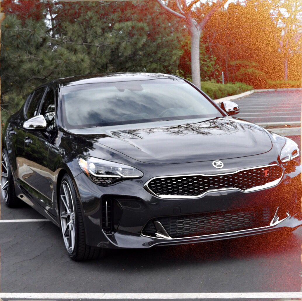Setting Which Was A Perfect Time For A Photo Session Kia Stinger Kia Dream Cars