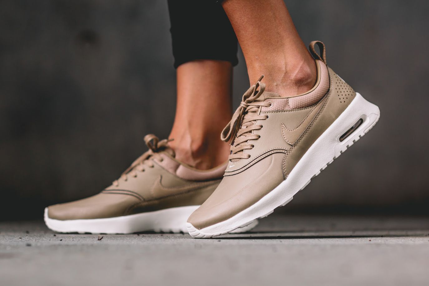 meilleure sélection f2f6f 0e843 Nike Goes in Neutral With the Air Max Thea Premium