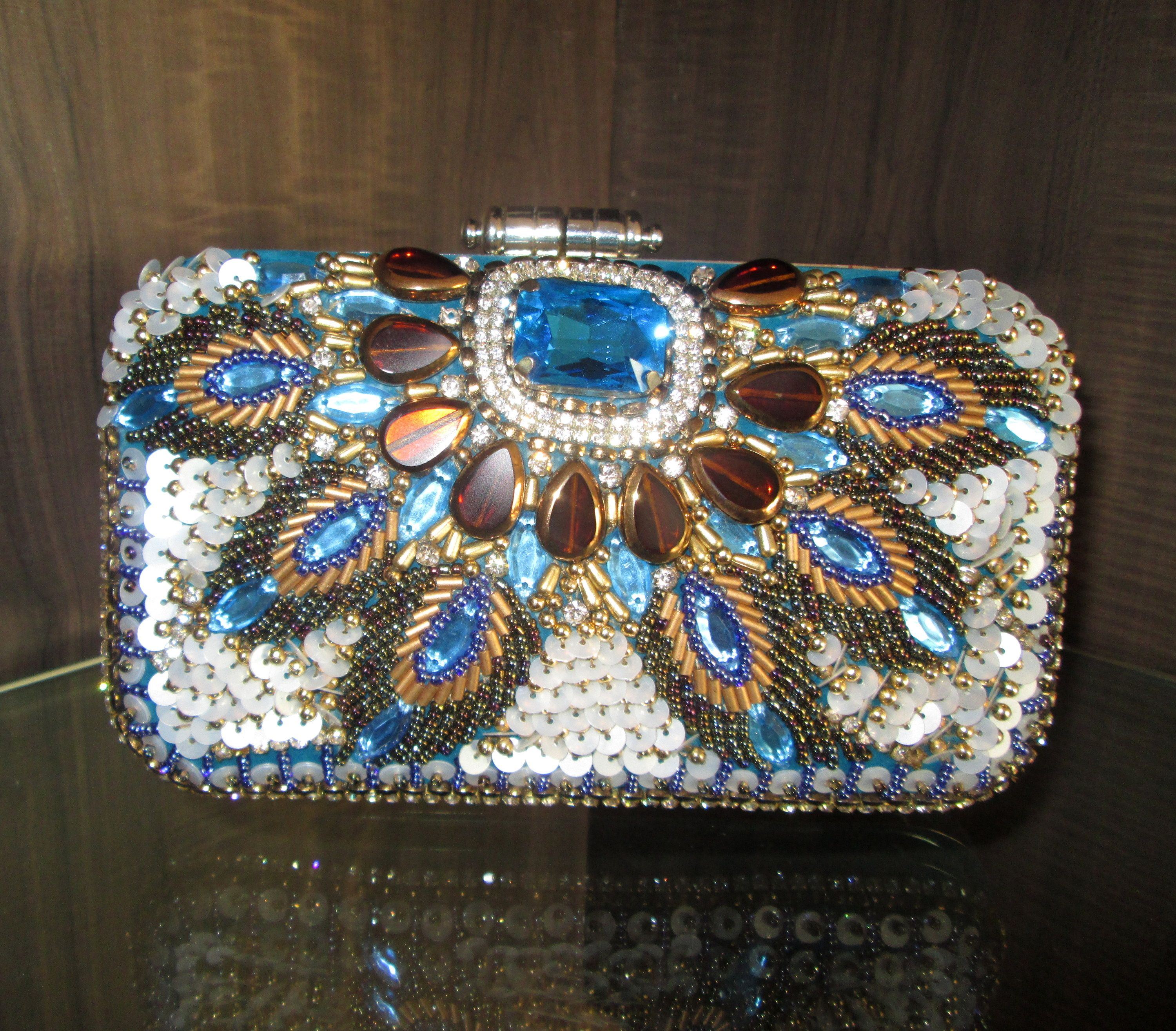 6c3e8c1a6bde  peacock  design  crystal  sequence  clutch  purse  occasion  handy   beautiful  pretty