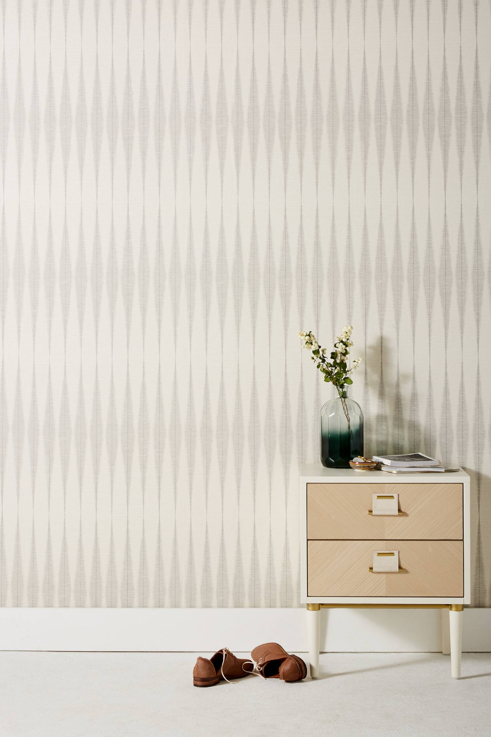 Magnolia Home Handloom Wallpaper Magnolia homes, Living