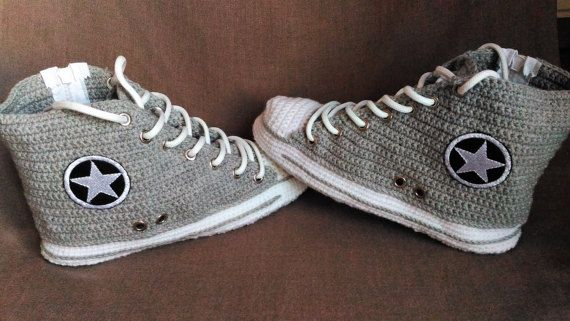 2acbcc09e562fb Crochet Grey Men s Converse Slippers