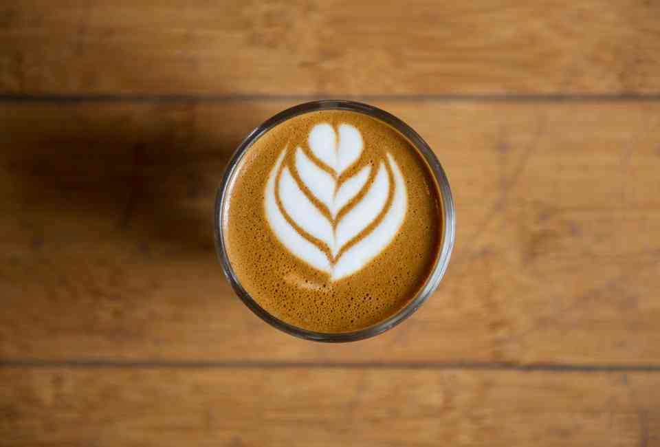 Latte At Espresso A Mano Best Coffee Shop Coffee Shop Best Coffee