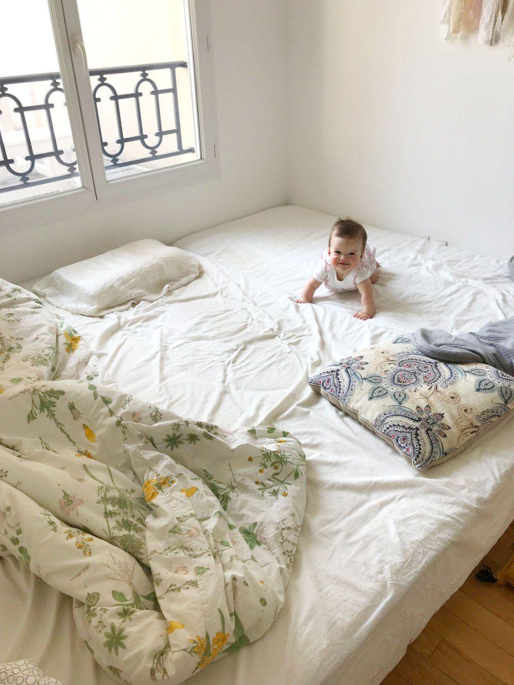 Lit Au Sol Montessori Quel Age le lit au sol de bébé | lit au sol, lit et lit montessori