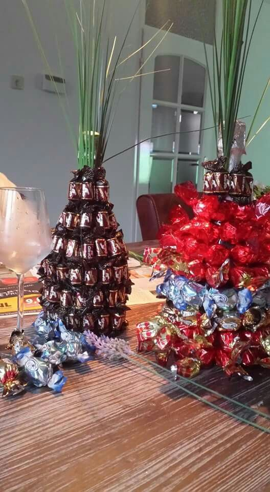 Fles wijn bedekt met chocola