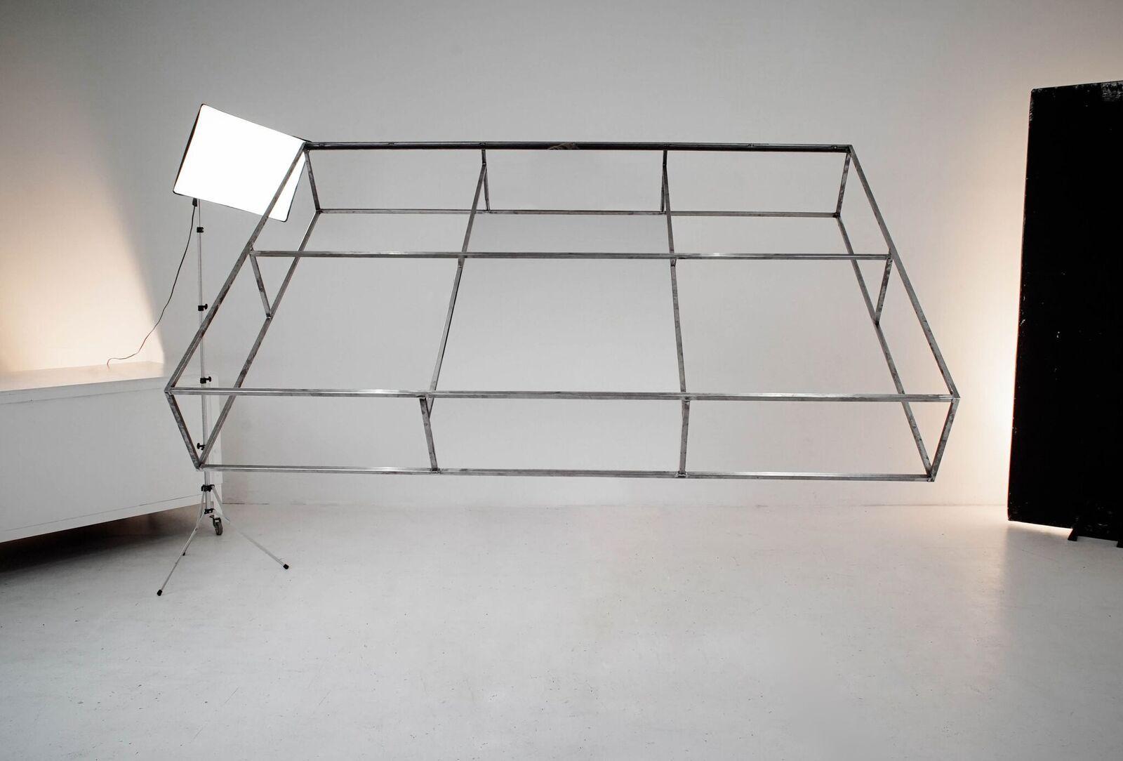 Tatkraft Berliner Designmobel Aus Stahl Minimalistische Mobel