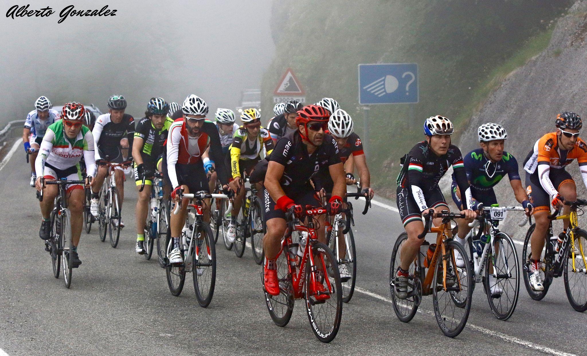 https://flic.kr/p/tL2iw5 | cicloturista de vitoria - gazteiz