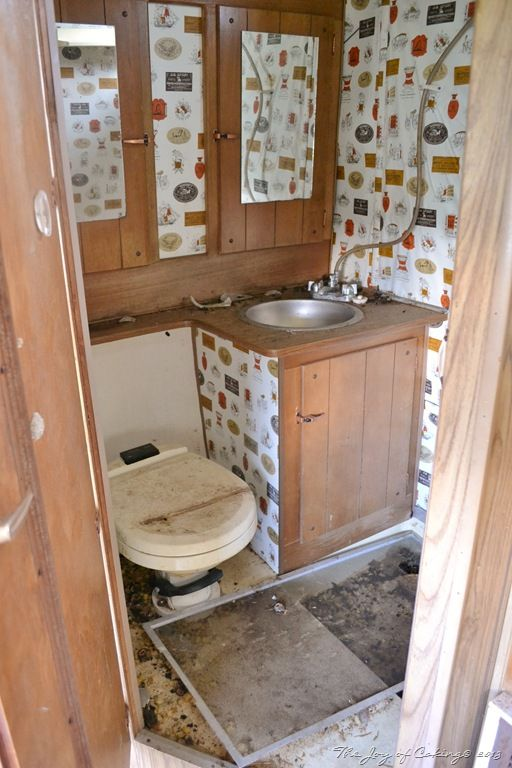 Frolic Camper Bathroom Clean Up Before Remodel Camper - Travel trailer bathroom remodel