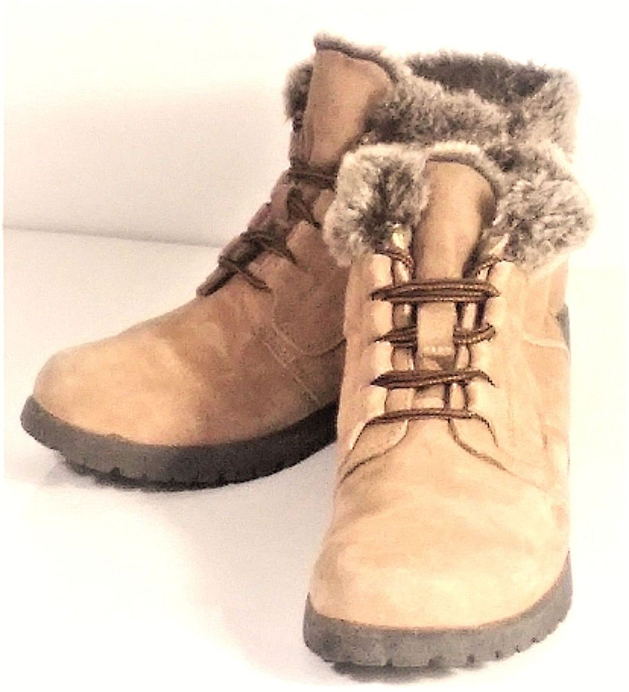 3192ce39ae4 Cobbie Cuddlers Women's Booties Sz 7 Medium Faux Fur Brown Suede ...