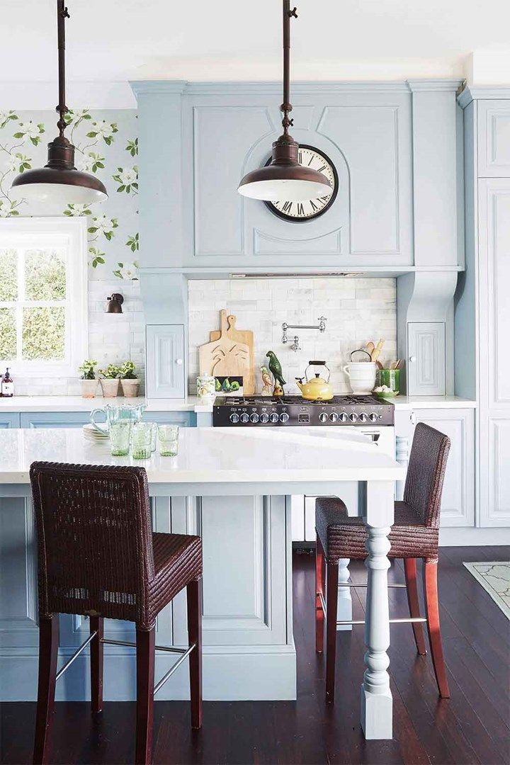 A Classic English Style Kitchen In The Heart Of Sydney Classic Kitchen Design Classic Kitchen Style Kitchen Design Decor