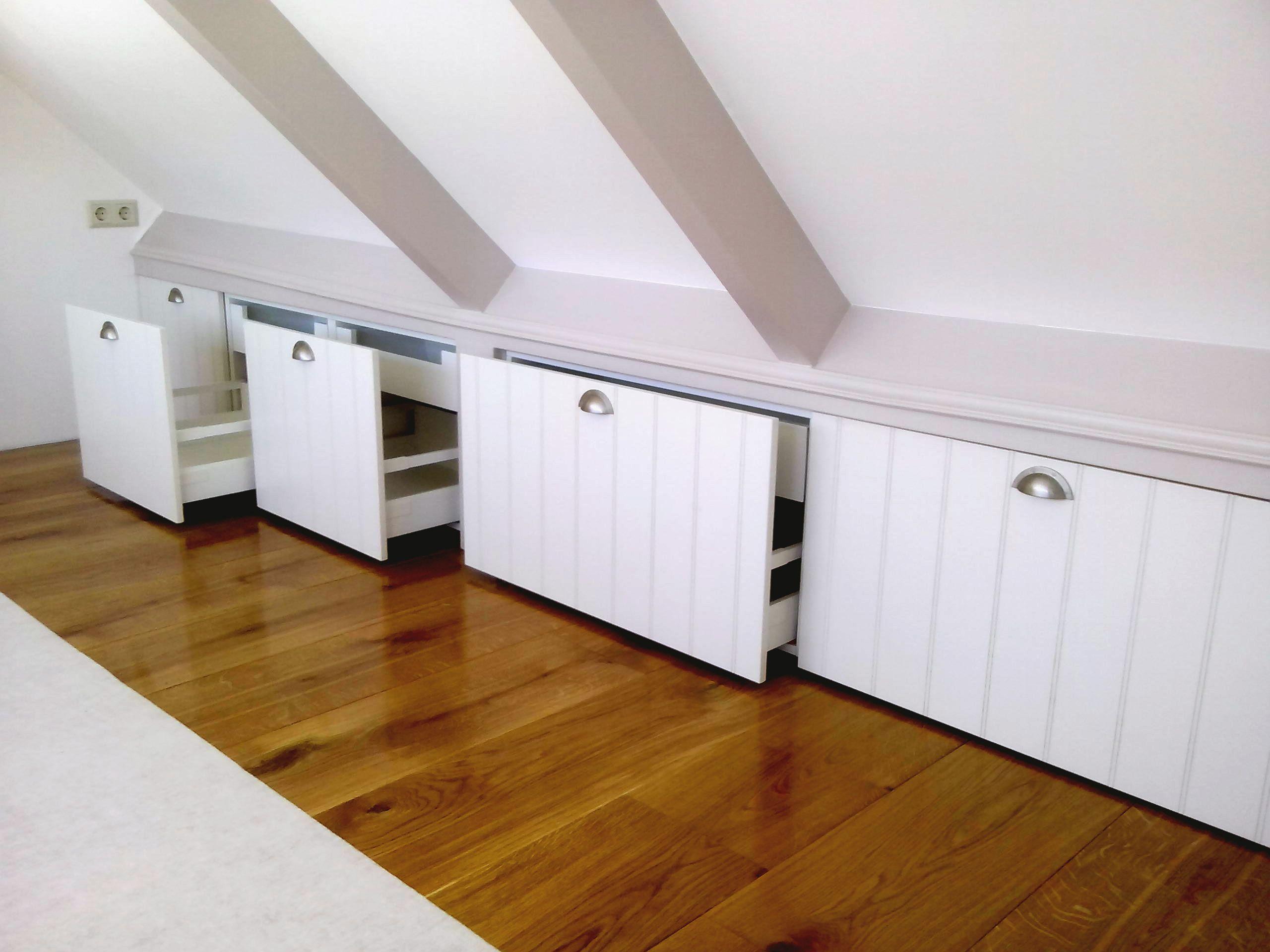 Badkamer knieschot lade slaapkamer inbouwkasten zolder idee voor