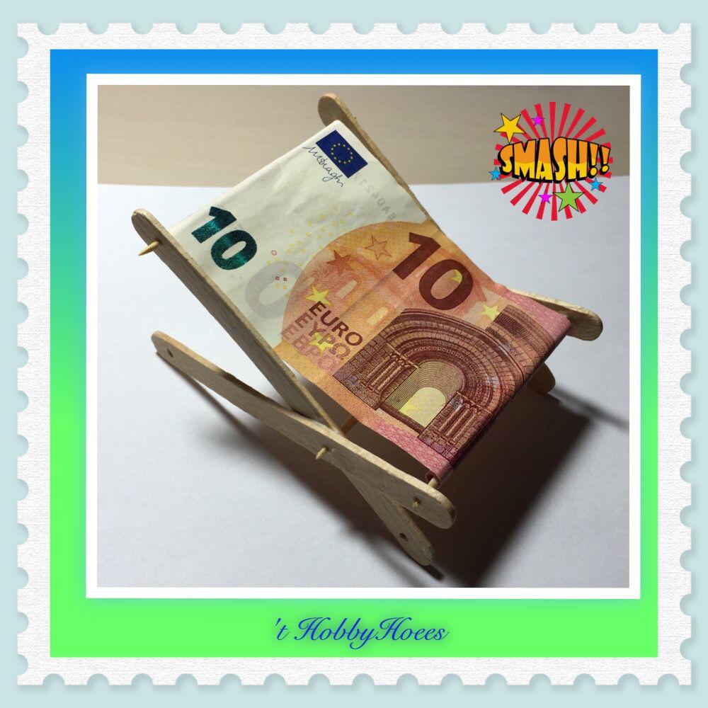 Citaten Geld Geldta : Strandstoel gemaakt van ijslolly stokjes briefjes geld en