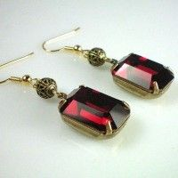 (theanneboleynfiles.com) My version is with genuine rubies