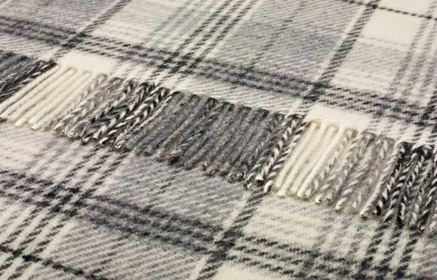 Pure Wool Antique Royal Tartan Throw 140x180 Cms Throws By Size Sofa 100