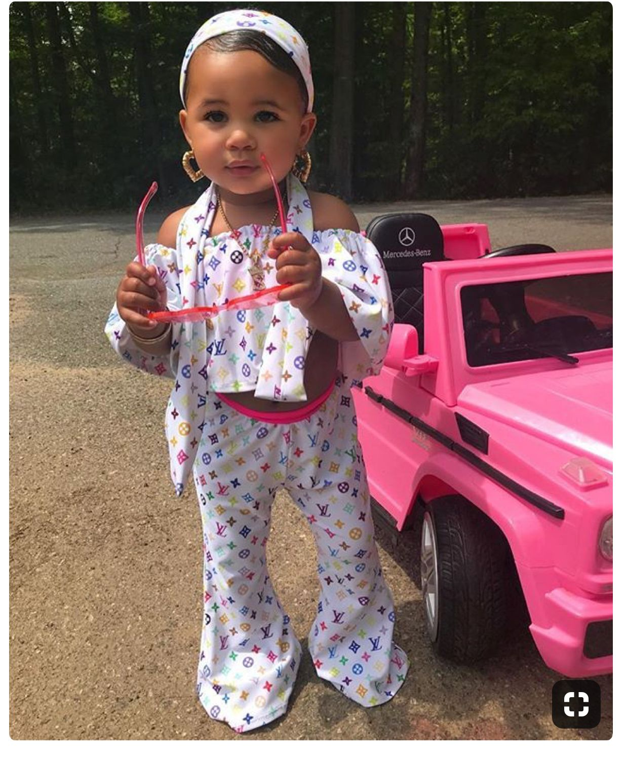 #Toddler swag💕🤞🏽 Now my question is where they get theses ...