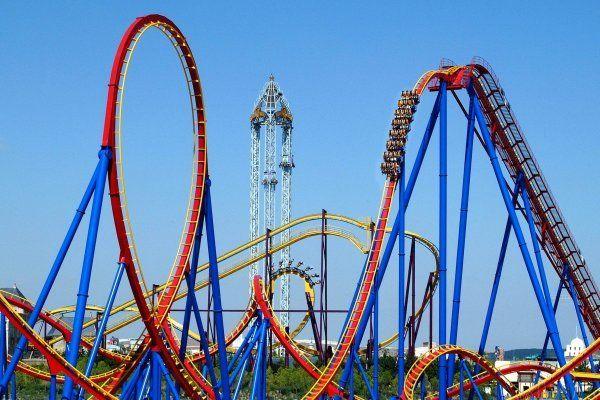 Superman La Atraccion De Acero Madrid Roller Coaster Madrid Travel