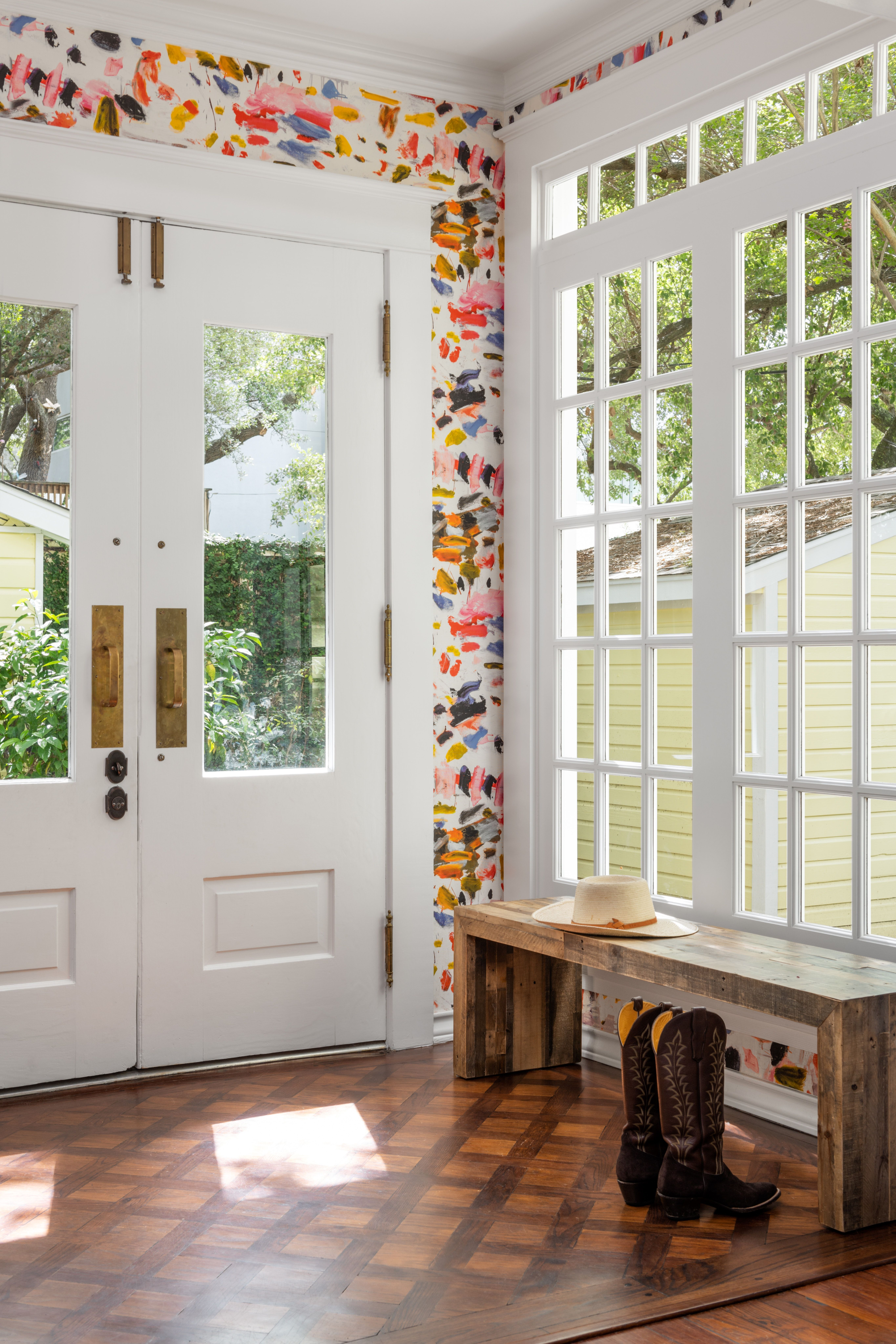 Lively and Cheery Entry with Bright Wallpaper Bright