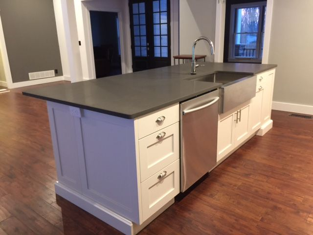 So Many Ways To Go Green Even The Kitchen Island: Recently Completed Kitchen. White Shaker Cabinets. Shadow