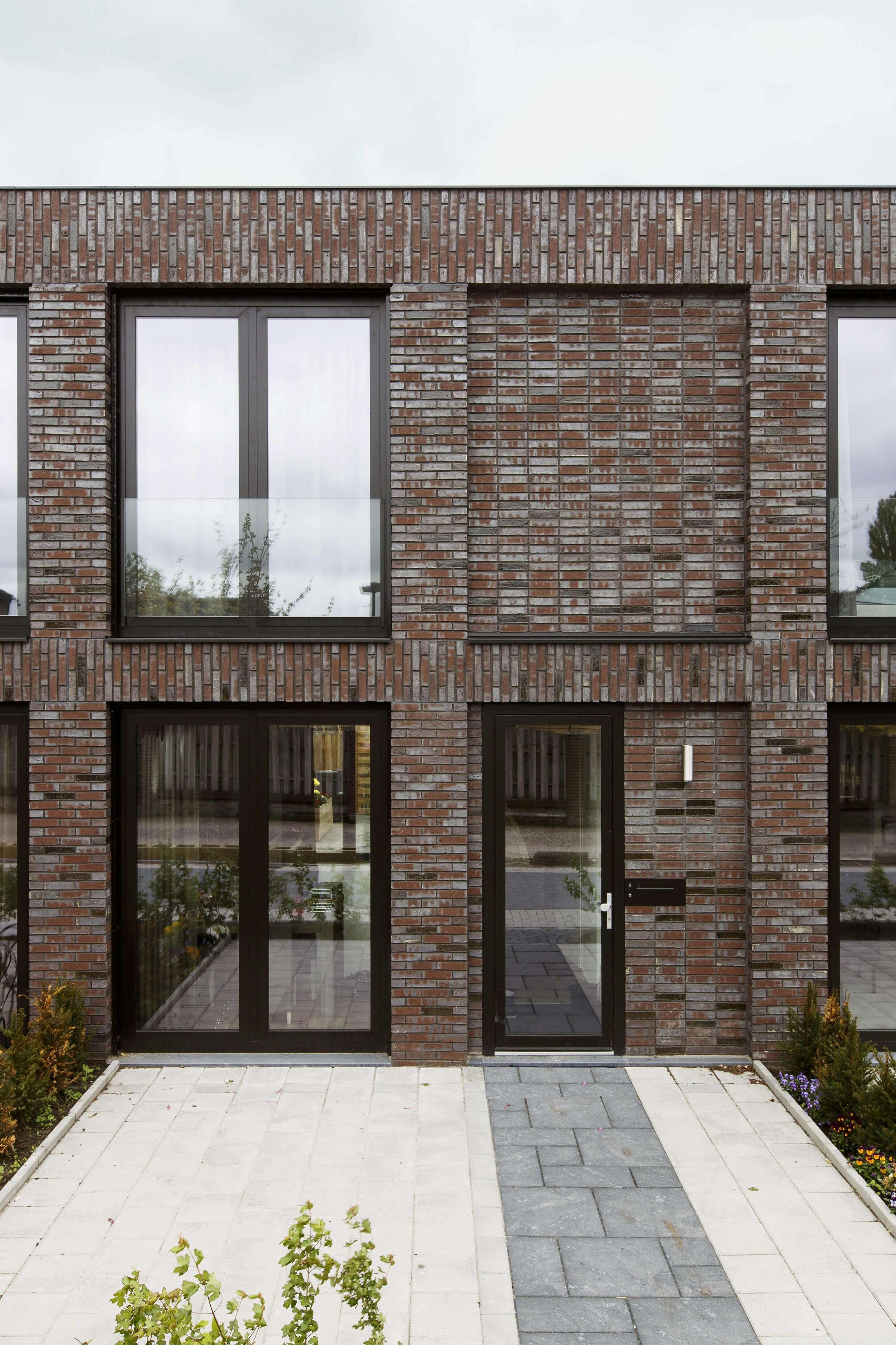 Pin von Hamid Shahraki auf Brickhouse& brick's Idea Fassadengestaltung, Architektur  ~ 18031254_Backstein Mauerwerk Brandschutz