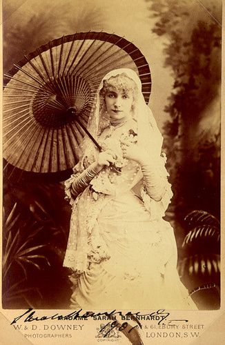 vintage wedding photo with parasol