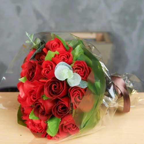 Clear And Green Cellophane Flower Gift Wrapping Red