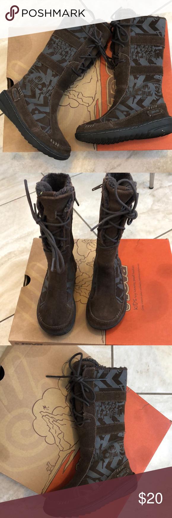 d3d3278927de77 Teva girls boots kiru print carafe sz 9 Size 9 Worn maybe twice Teva Shoes  Boots