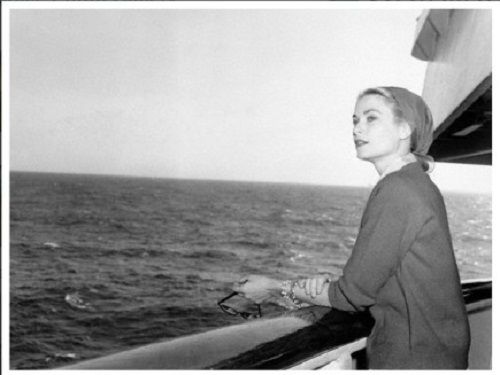 Google Image Result for http://privateluxurytravelblog.com/new/wp-content/uploads/2012/10/Grace_Kelly_aboard_yacht-edit.jpg