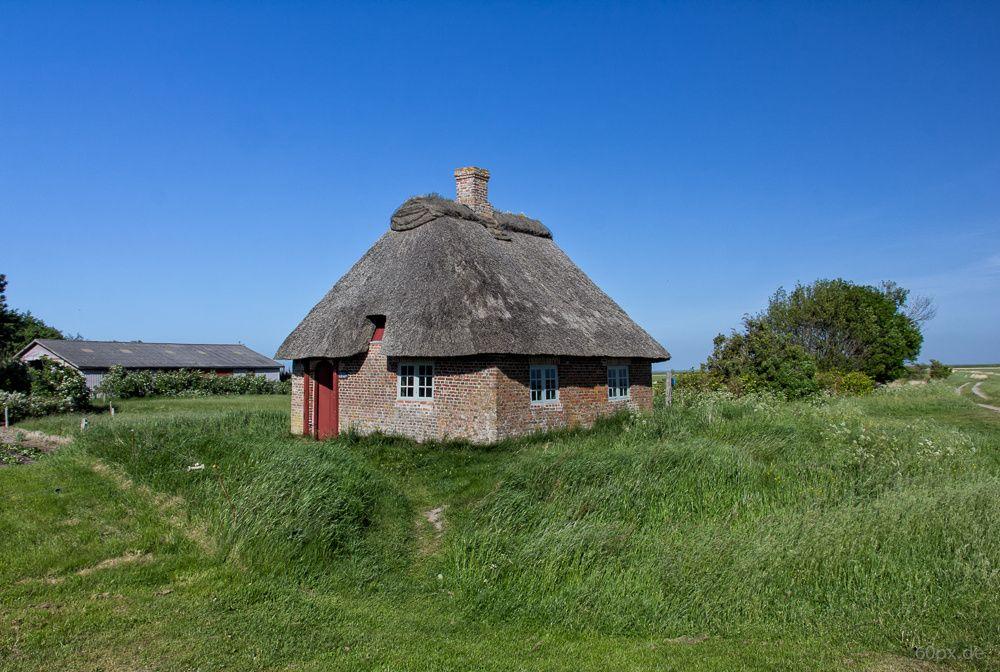 Kleinste und älteste Schule in Dänemark für bis zu 40 Schulkinder. Erbaut 1784.
