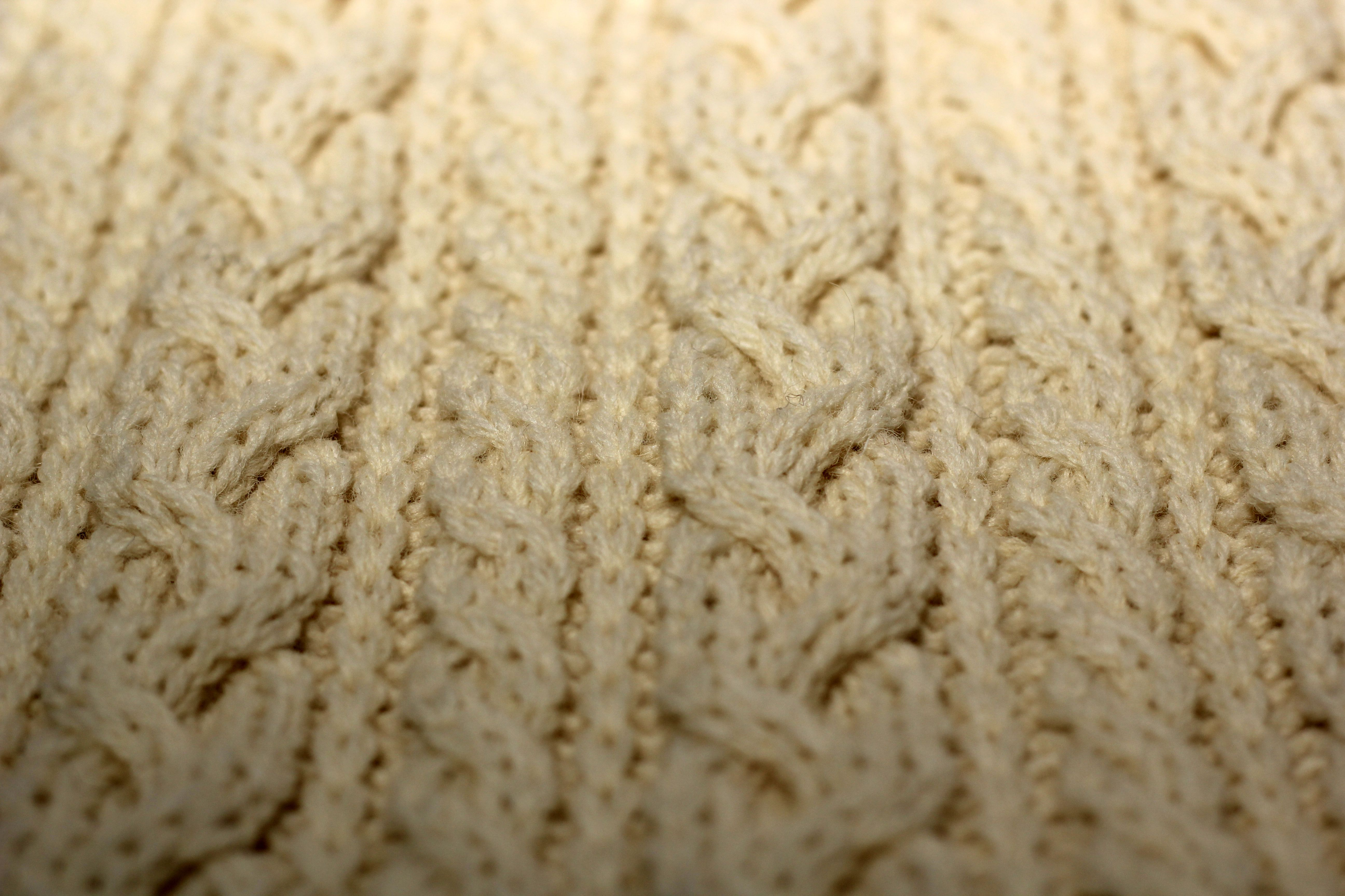 There's no finer example of cable #knitting than our Aran scarves.