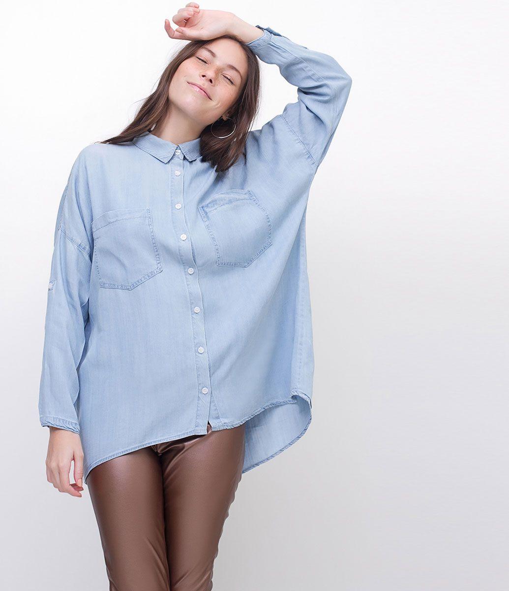 a000df24c8 Camisa feminina Modelo amplo Manga longa Com bolsos Com fenda nas costas  Marca  Blue Steel