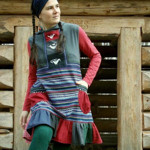 šaty indoš-kapuce-kačenky
