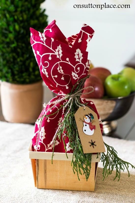 Image Of Christmas Gifts For Workers What a cute idea for a small ...