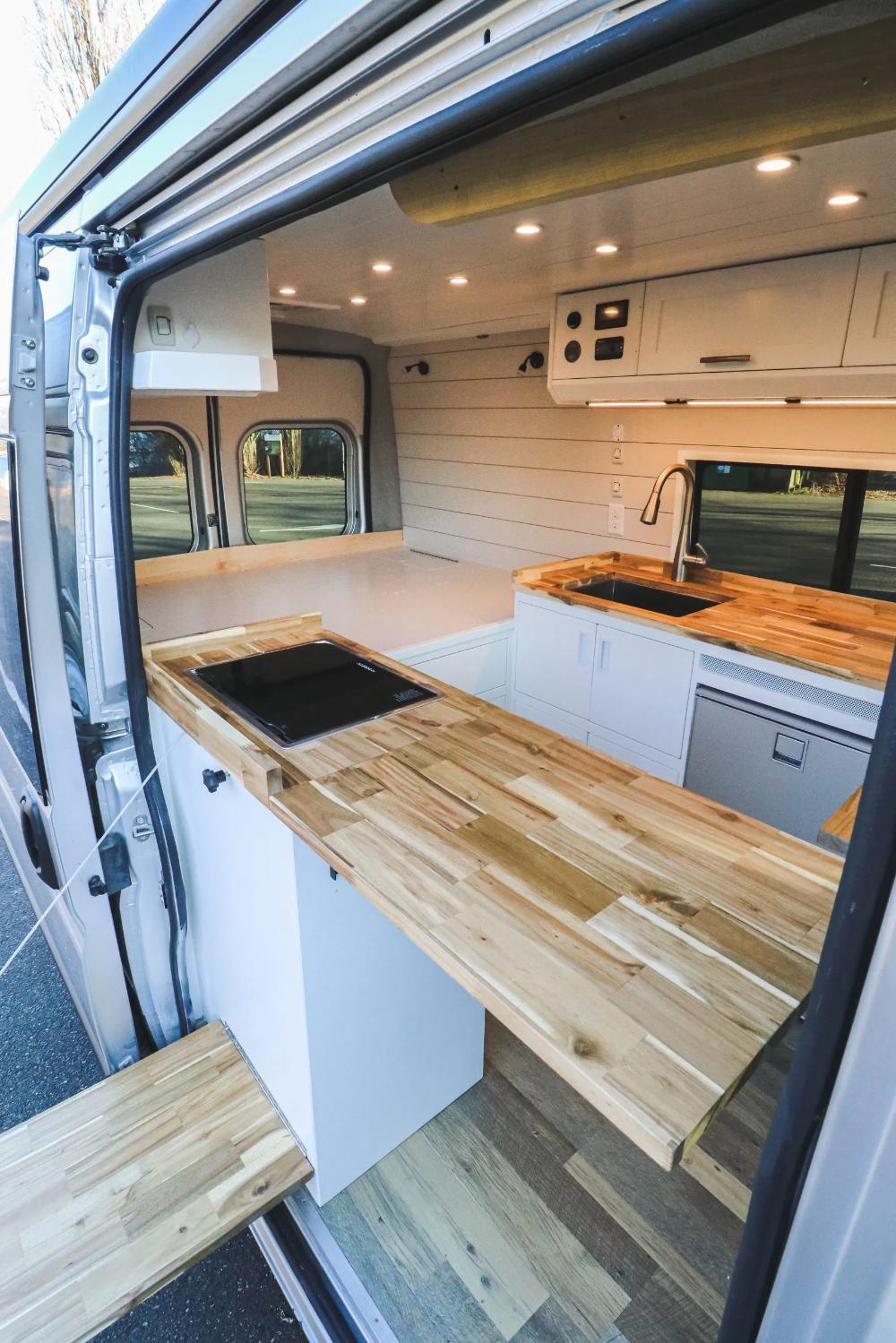 Chongo Freedom Vans Van Interior Van Life Diy Build A Camper Van