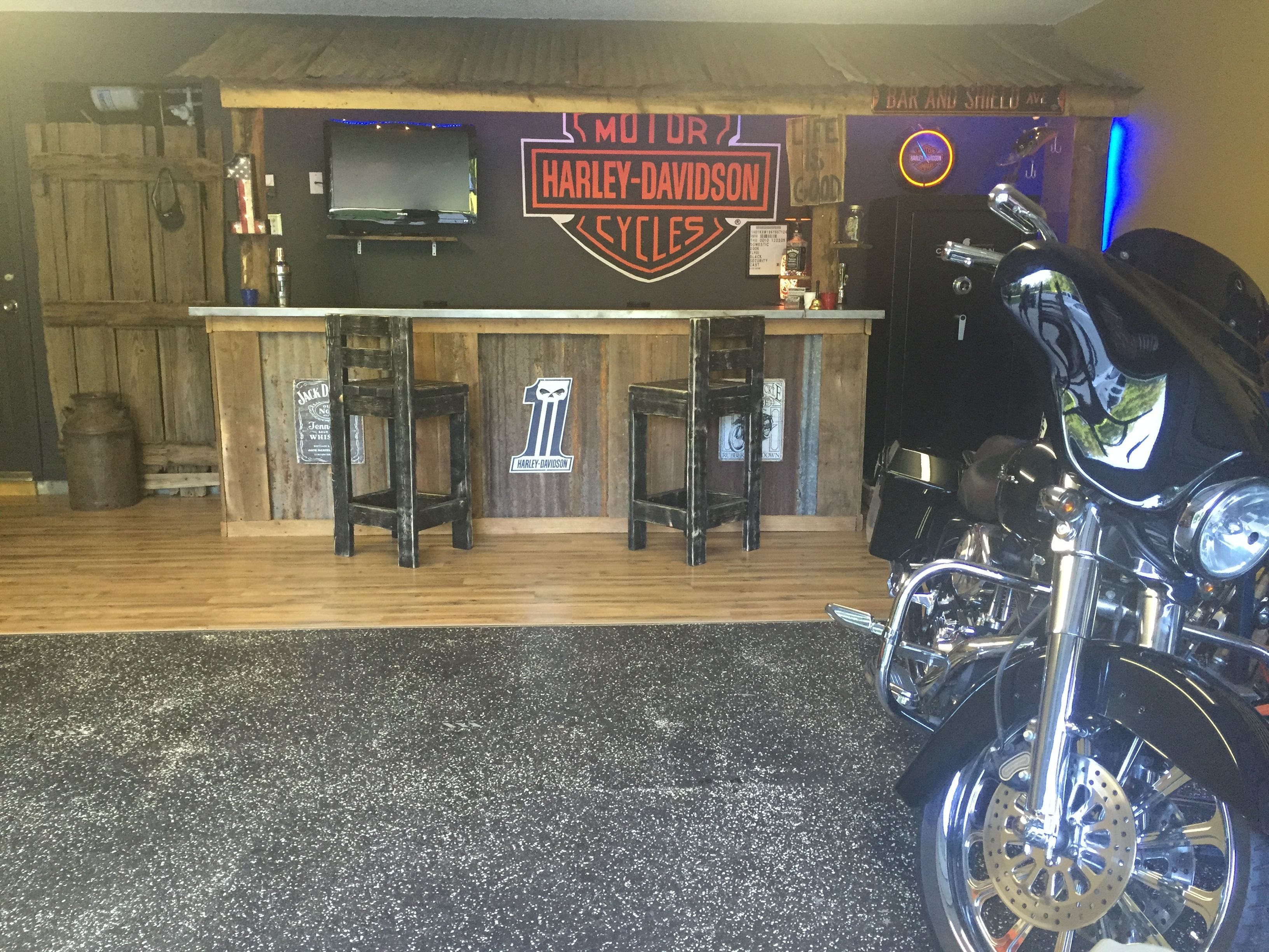 Garage Bar, Man Cave, Basement Bars, Rustic Bar, Harley Davidson Bar ...