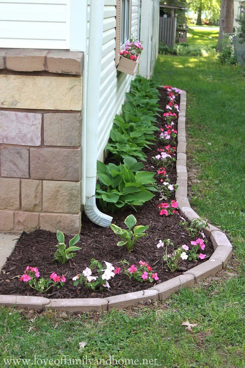 Superieur Simple Flower Bed With Brick Border