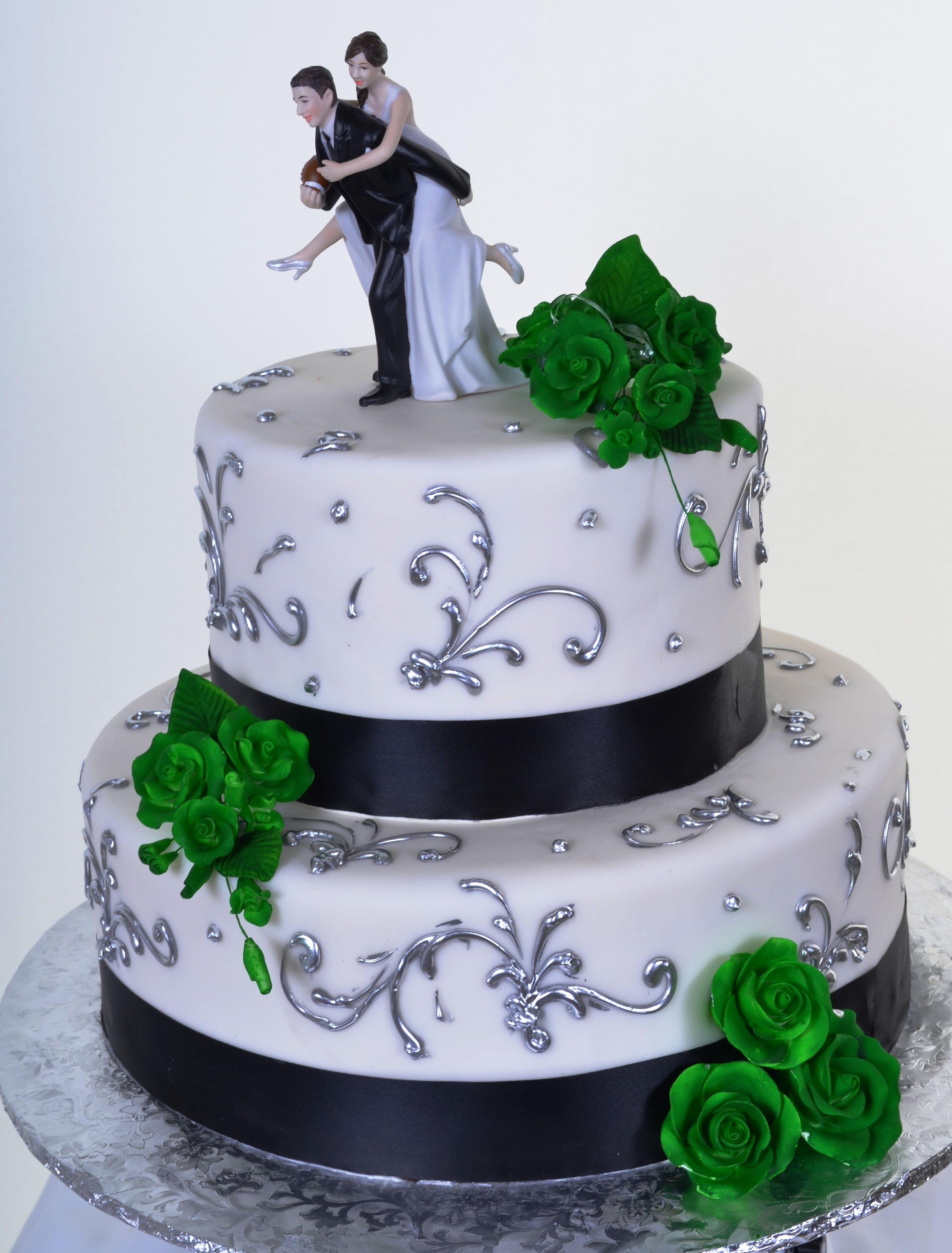 pastry palace las vegas - wedding cake #907 – irish roses. white