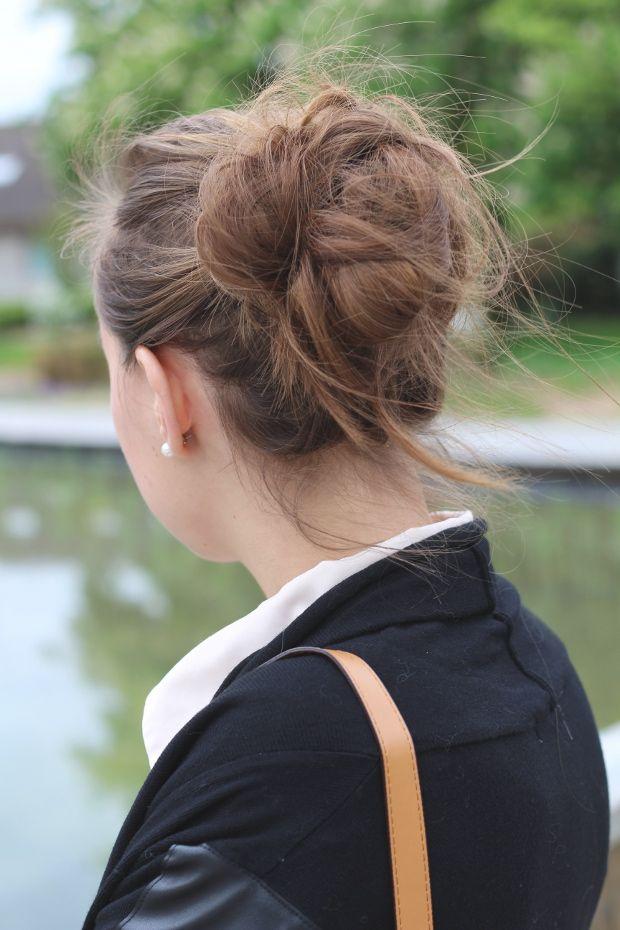 Chignon flou | Coiffure, Idées de coiffures, Coiffure cheveux long