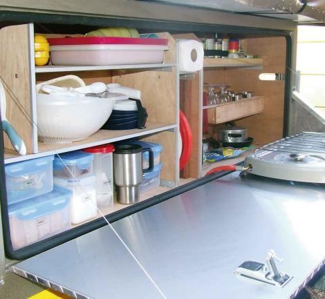 Diy camper trailer kitchen great kitchen camping for Campervan kitchen ideas